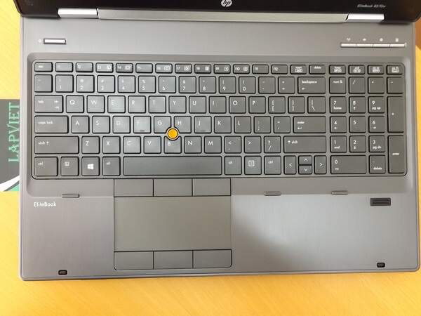 HP Elitebook 8570W 2 (Copy).JPG