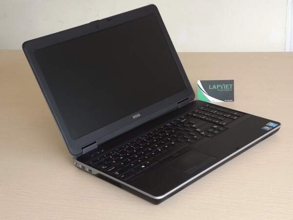 Dell Latitude E6540 (Copy).JPG