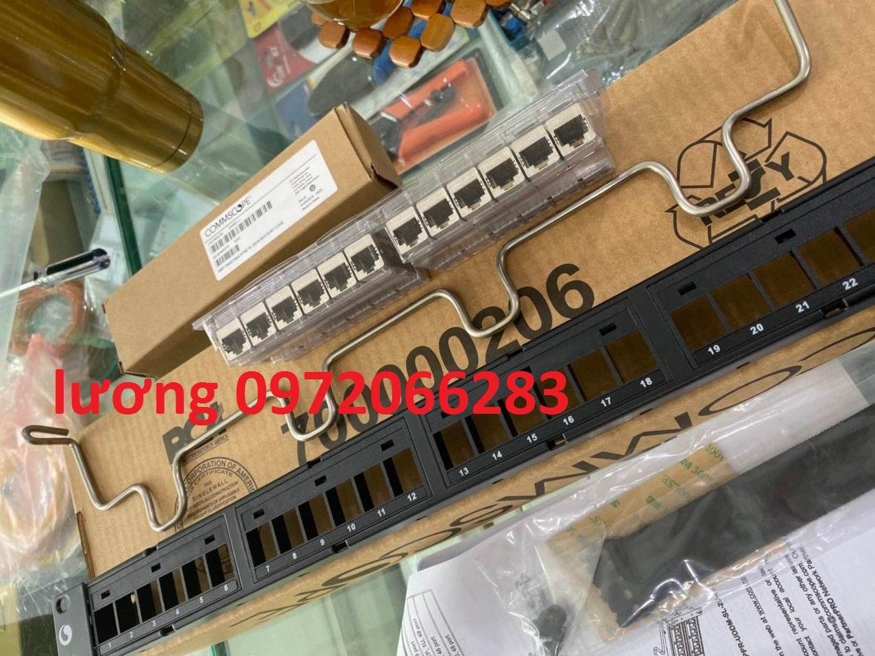 thanh dau noi patch panel 24 cong cat6a.jpg