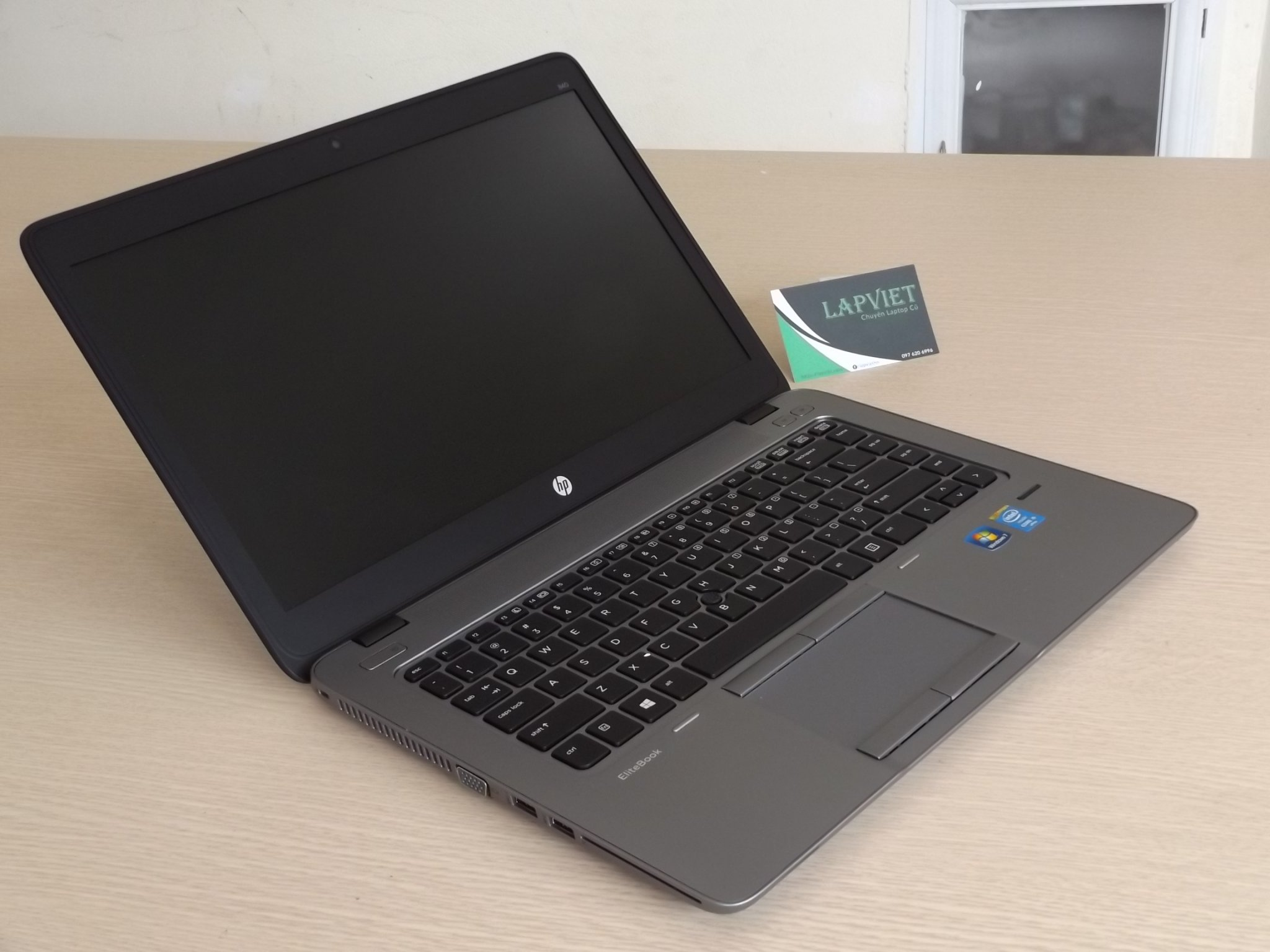 HP Elitebook 840 G2 3.JPG