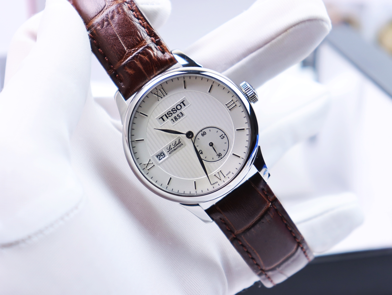 TISSOT Nam Le Locle Automatic Size 39.5mm fullbox, hộp sách hướng dẫn, catalog, Like New